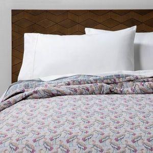 Ibis Coverlette Blanket